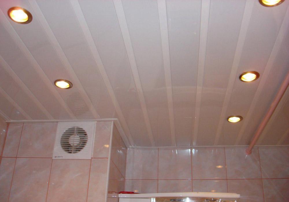 потолок ванная